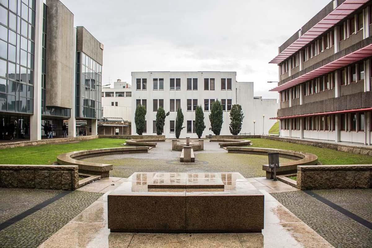https://mostra.caerus.pt/wp-content/uploads/2021/04/Mostra-Caerus-Universidade-MInho-009.jpg